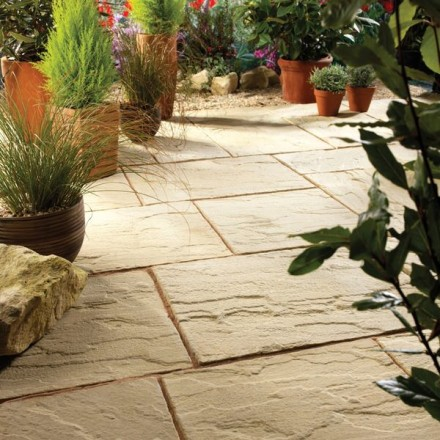 Bradstone Ashbourne Paving Cotswold