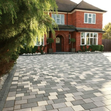 Bradstone Panache Block Paving Mixed Shades Grey Textured