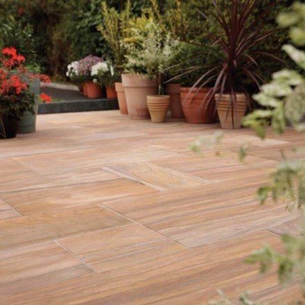 StoneFlair by Bradstone Smooth Natural Sandstone Paving Rainbow